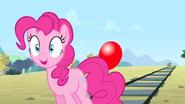 S04E11 Pinkie poprawia się humor