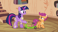 Scootaloo gives Twilight assembled scooter S4E15