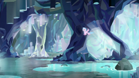 Silverstream flying through the caves S8E22