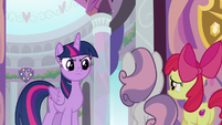 Twilight looking extremely disappointed S8E12