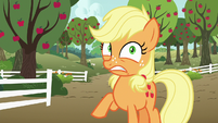 Young Applejack notices something troubling S6E23