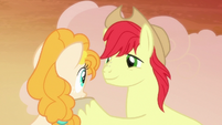 Bright Mac looking into Pear Butter's eyes S7E13