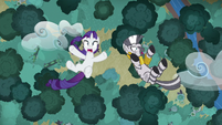 Rarity and Zecora falling out of the sky S8E11