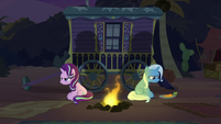 Starlight and Trixie angry at the campfire S8E19
