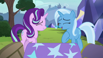 Starlight and Trixie sharing a laugh S8E19
