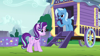 "Trixie ""what are friends for?"" S6E6"