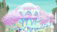 Upper view of the Treehouse of Harmony S9E3