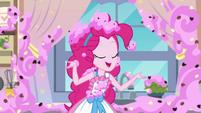 Pinkie Pie concluding her video EGDS30