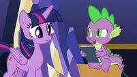 """Spike """"I already read this one"""" S9E26"""