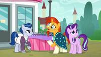 """Sunburst """"where do ponies buy fruit?"""" S8E8"""