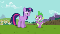 """Twilight and Spike """"she's bringing an important visitor"""" S03E10"""