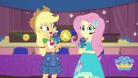 """Applejack """"over to you, Fluttershy!"""" EGDS36"""