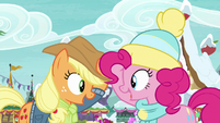 """Applejack and Pinkie """"no time to spare"""" MLPBGE"""