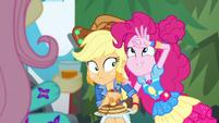 Pinkie Pie pretending to have three eyes EGSBP