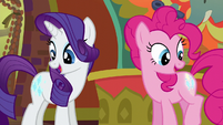 Rarity and Pinkie look at their cutie marks S6E12