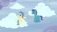 """Sunshower """"But there's clear skies everywhere"""" S5E5"""