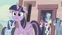 "Twilight ""upset"" S5E02"