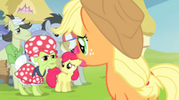Applejack -I hope this doesn't mean- S4E20