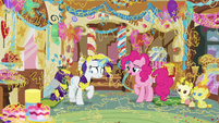 """Pinkie Pie """"because it's not just party string"""" S7E19"""