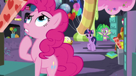 S9E26 Pinkie Pie myśli o przyszłości