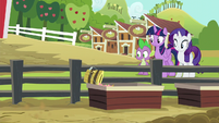 Slop bucket spills into the trough S6E10