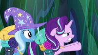 Starlight Glimmer pushes the chamber doors open S6E26