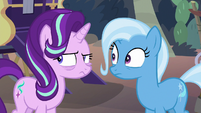 Starlight and Trixie observing Hoo'Far S8E19