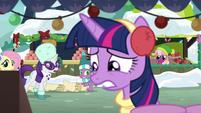 Twilight's friends watch her freak out MLPBGE
