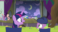 """Twilight """"can't believe how good my play is!"""" S8E7"""