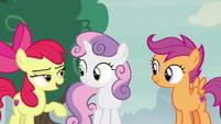 Apple Bloom making fun of Spike S7E8