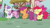 CMC bouncing around S2E17