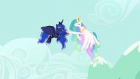 Celestia and Luna victorious high-hoof S9E13