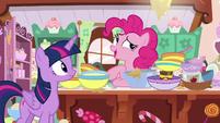 "Pinkie Pie ""chocolate into a blueberry pie!"" S7E23"