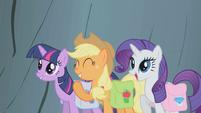 Twilight, AJ, and Rarity encourage Fluttershy S1E07