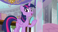 "Twilight ""thank you so much for supporting"" S8E1"