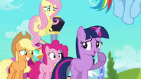 Twilight and friends smiling nervously S03E12
