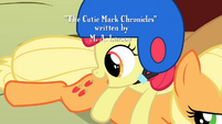 Apple Bloom looks at Applejack's cutie mark S1E23