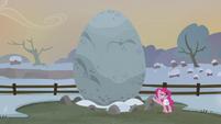 Pinkie Pie introduces Holder's Boulder S5E20
