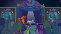 Starlight, Trixie, and manticore take a bow S6E6