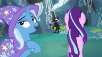 Starlight walks toward Pharynx while Trixie keeps talking S7E17