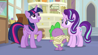 "Twilight ""a lot of important responsibilities"" S9E20"