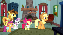 Applejack -with some outlaw on the loose- S5E6