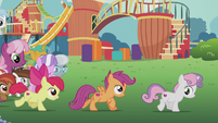 CMC galloping toward town S5E18