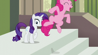 """Pinkie Pie jumps while spelling Maud's name """"M"""" S6E3"""
