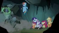 Rainbow Dash collapses the cave entrance S7E16