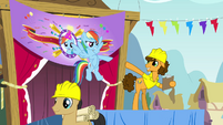 Rainbow and Cheese pointing at each other S4E12