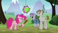 Pinkie Pie offering Mudbriar a turn S8E3