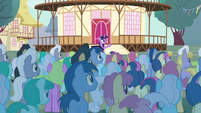 Twilight -please welcome... the Breezies!- S4E16
