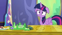 Twilight Sparkle upset by Pinkie Pie's note S6E22