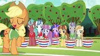 Applejack explains the unicorns' role in buckball S6E18
